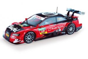 scalextric-audi-rs5-dtm-molina